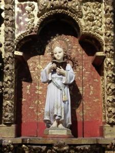 Virgen Niña en el retablo de la Virgen del Rosario. Peraleda de la Mata.