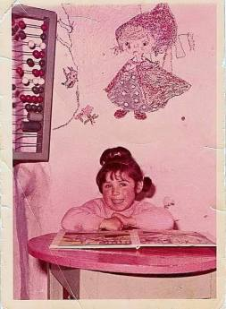 Almudena Sánchez en Parvulitos 1968