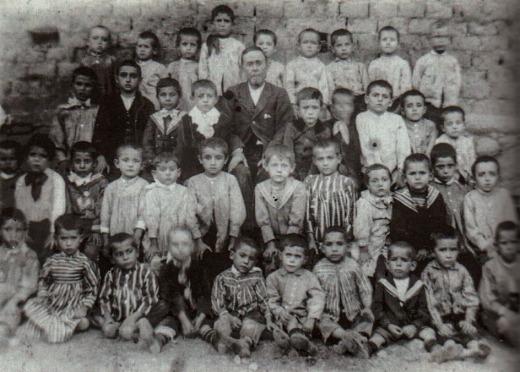 Escuela de niños años 20